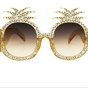 Accessories - Available NOW!!! Pineapple Women Oval Sunglasses